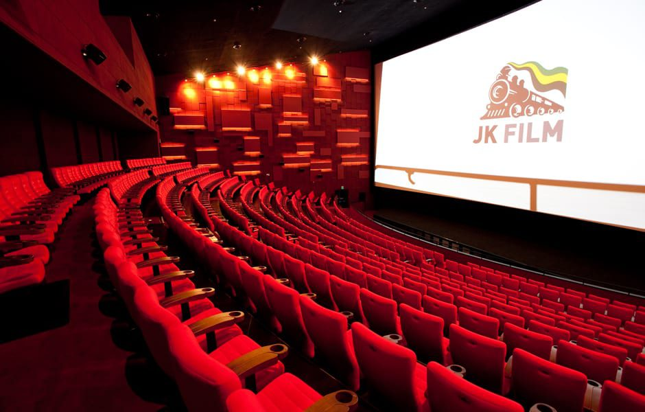Top 5 Movie Theaters In Seoul Seoul Space Startup Incubator Coworking Hub It Blog Localization Agency